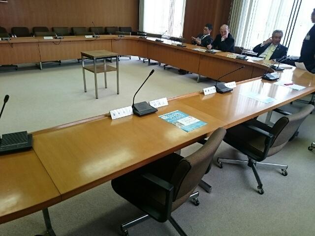 会議のハシゴ